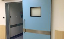 Cách khóa cửa liên động interlock hoạt động