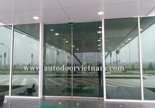 Cách lắp đặt cửa mở tự động tại HuynDai Nam Định
