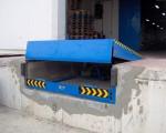 Sàn nâng hạ Dock Leveler